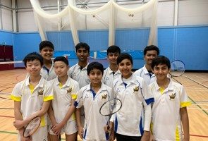 14 Badminton